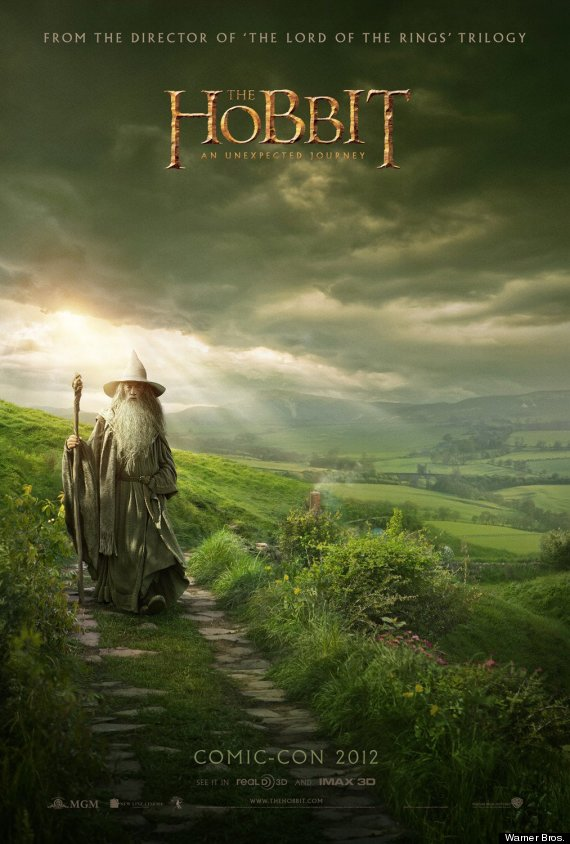 o-THE-HOBBIT-COMIC-CON-POSTER-570